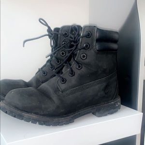 Black Timbs Size 7